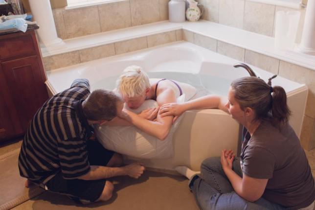 Melissa Birth Working Hard in Tub
